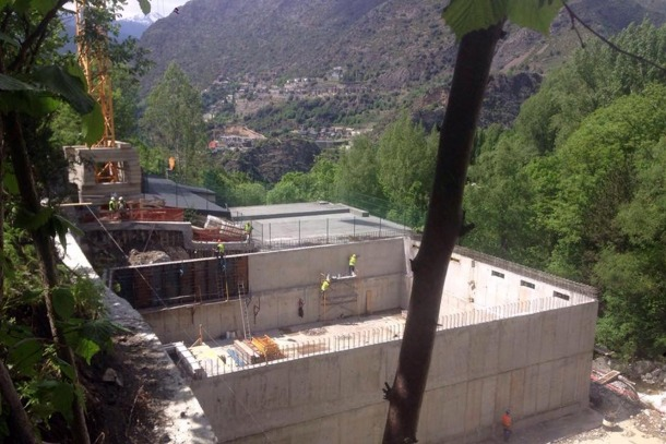L'accés a la carretera de la Plana es tallarà dos dies per les obres del dipòsit d'aigua de Capeesa