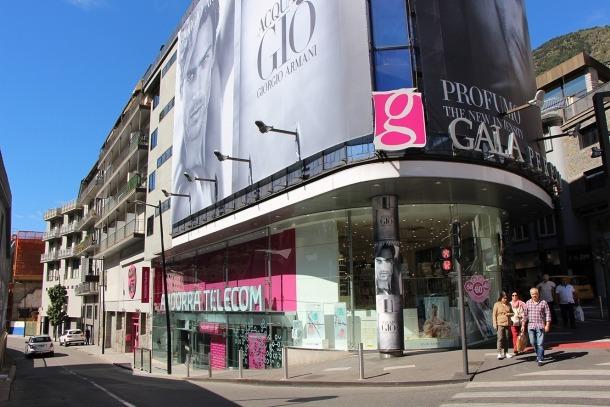 Andorra Telecom trasllada l'agència comercial al carrer Prat de la Creu que amplia horari als dissabtesAndorra Telecom trasllada l'agència comercial al carrer Prat de la Creu que amplia horari als dissabtes