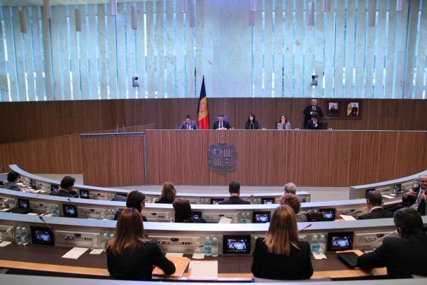 Els acords bilaterals sobre intercanvi automàtic d'informació hauran de ser aprovats pel Consell General