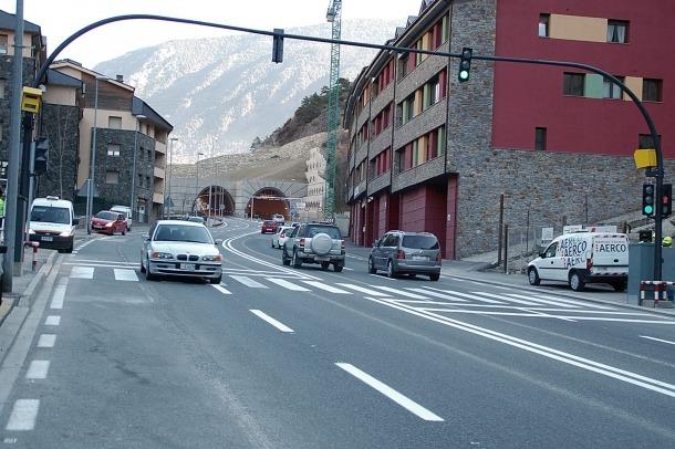 La Policia reclama a través del BOPA gairebé 21.000 euros per multes de radar