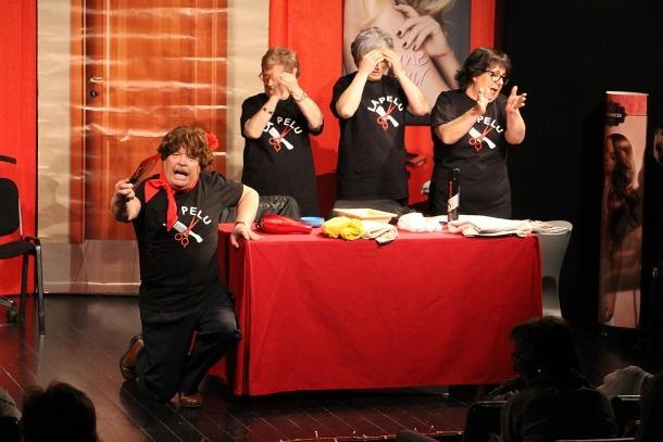 El grup de teatre de la Llar de Lòria fa el ple a l'Auditori Rocafort