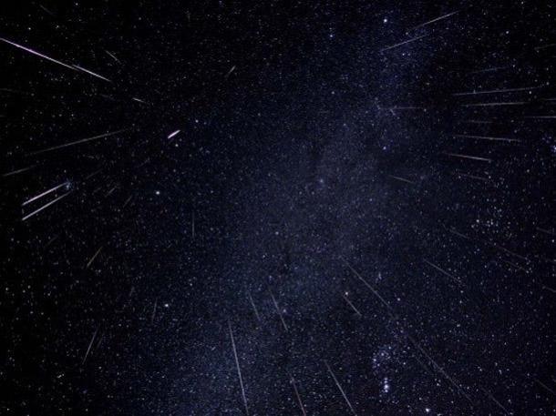 Imatge d'una pluja d'estels Lírids.
