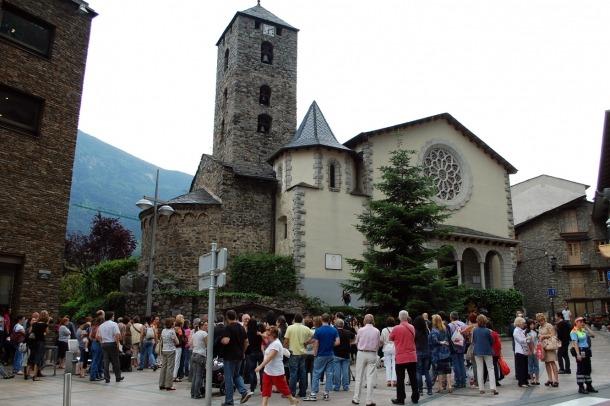 L'església de Sant Esteve acollirà aquest dijous un funeral per les víctimes dels incendis a PortugalL'església de Sant Esteve acollirà aquest dijous un funeral per les víctimes dels incendis a Portugal