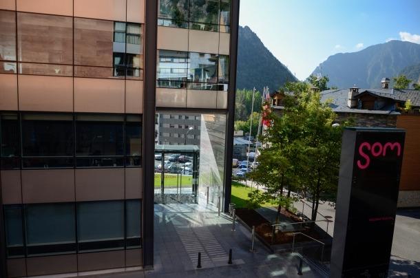 Edifici d'Andorra Telecom a Santa Coloma.
