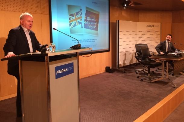El director de PwC a Londres i expert en fiscalitat, Mike Curran, durant una xerrada anterior a MoraBanc.