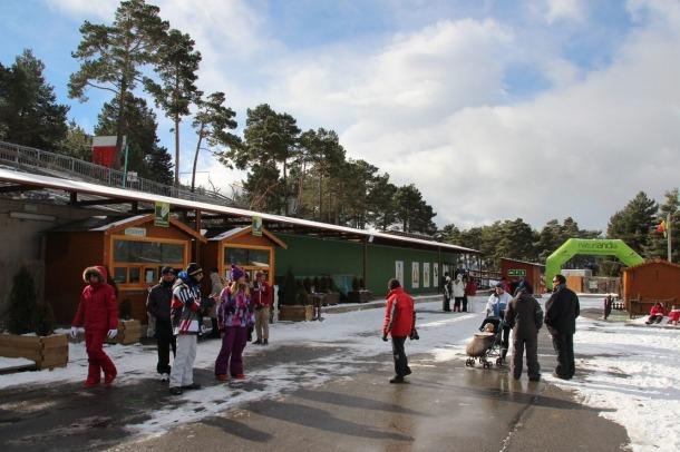 Visitants al recinte de Naturlàndia.