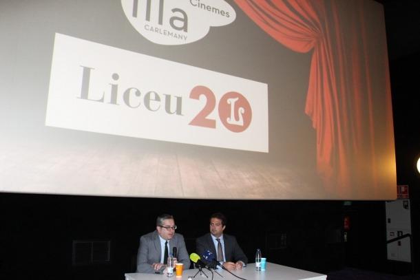 El director de cinemes illa Carlemany, Jordi Torres, i el director de territori del Gran Teatre del Liceu, Pol Avinyó, en la presentació de la xerrada i projecció de 'L'elisir d'amore'.