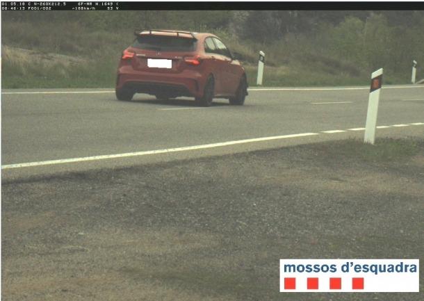 El vehicle andorrà denunciat pels Mossos d'Esquadra.