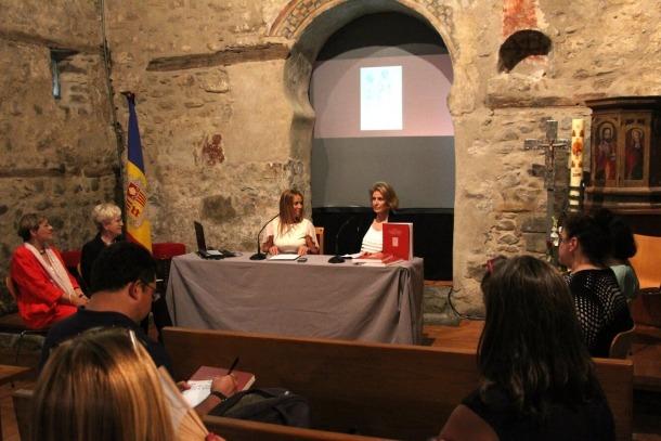 La presentació del llibre a l'església de Santa Coloma el juliol del 2016.