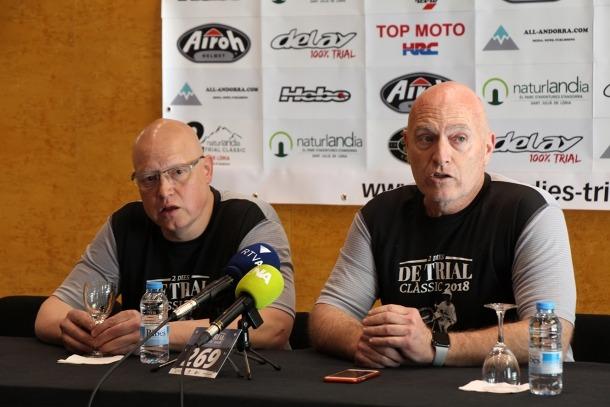 El director de la cursa, Joan Pere Santuré, i el president d'Andorra Trial Club, Xavier Crespo, durant la roda de premsa.
