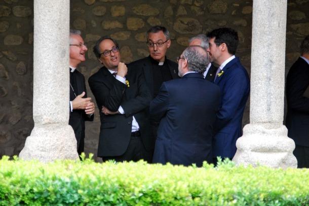 ANA/ Quim Torra visita la catedral de la Seu d'Urgell acompanyat de Joan-Enric Vives, i Albert Batalla.