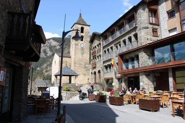 El casc antic del poble d'Ordino.
