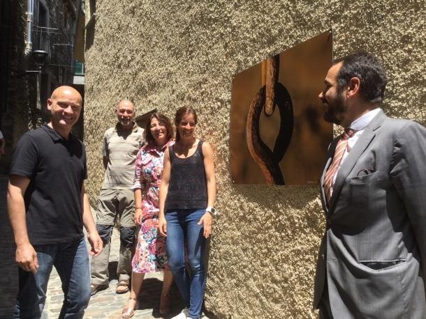 Una de les fotografies exposades als carrers d'Ordino.
