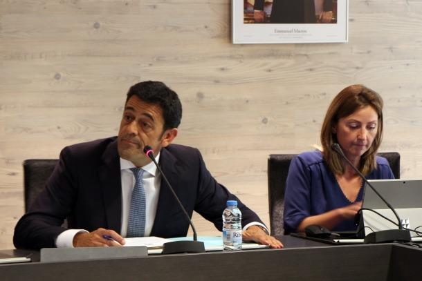 El cònsol major d'Ordino, Josep Àngel Mortés, durant el consell de comú d'aquest dilluns al migdia.