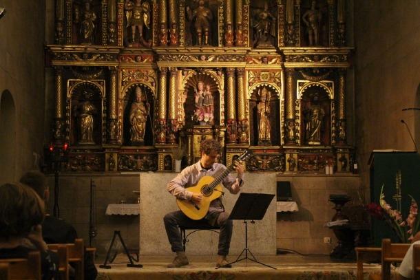 Un moment del concert que David Font a Ordino.