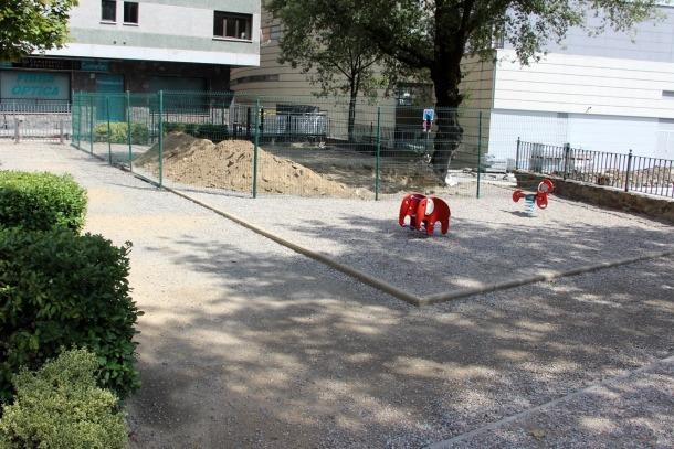 Inici de les obres del parc del Roure a Santa Coloma.