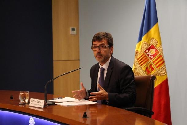 El ministre Jordi Cinca durant la roda de premsa d'aquest dimecres.