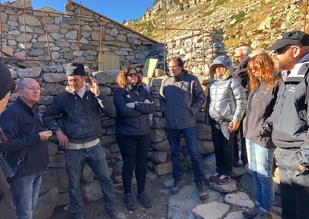 Els membres del Consell Assessor del Patrimoni durant una de les seves visites d'aquest dilluns.
