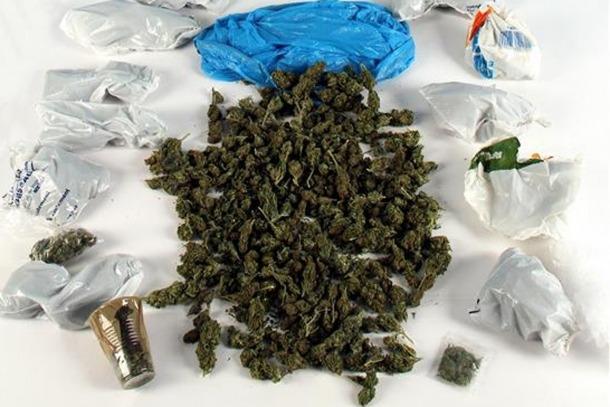 Imatge dels 595 grams de marihuana intervinguts.