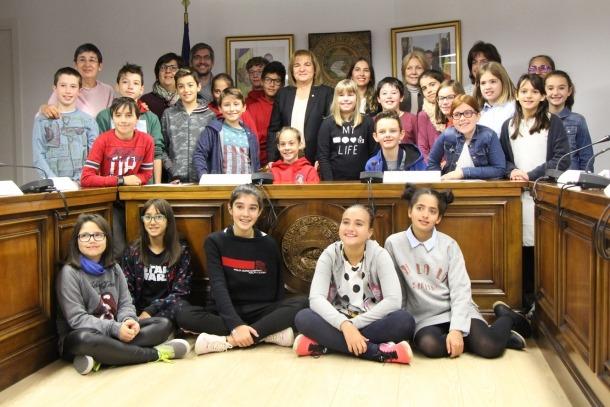 Els consellers del Consell d'infants d'Escaldes-Engordany al finalitzar la sessió constitutiva d'aquest dimecres.