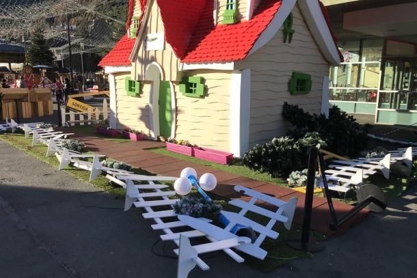 Alguns dels desperfectes provocats pel vent al Poblet de Nadal.