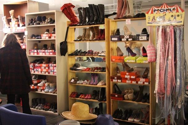 La botiga benèfica Carisma que es troba ubicada al carrer de la Sardana d'Andorra la Vella.