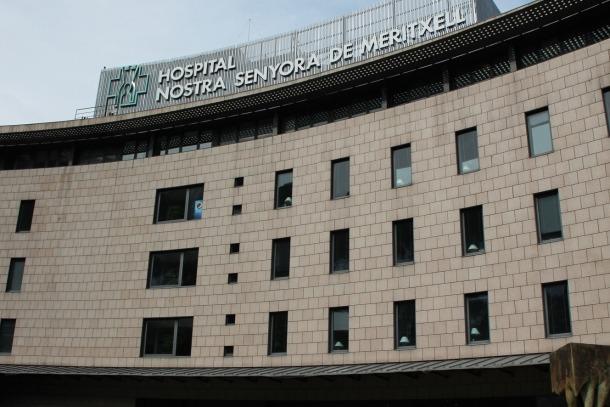 L'home de 57 anys es troba ingressat a l'UCI de l'hospital.