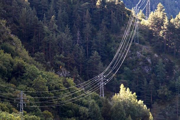 Una línia elèctrica.