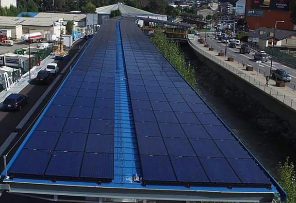 Instal·lació fotovoltaica a l'Estació Nacional d'Autobusos.