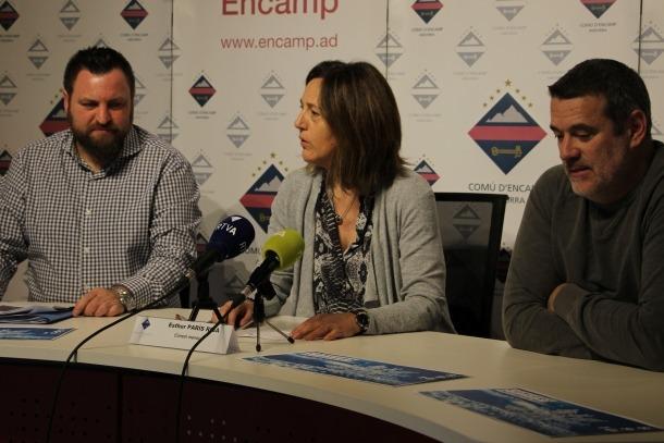 Àlex Arnó, Esther París i Robert Lizarte en la roda de premsa.