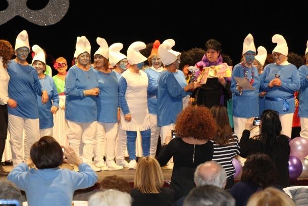 Un dels grups ha participat en l'acte disfressats de barrufets, dibuixos animats del 1958