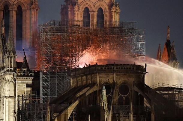 L'incendi de Notre Dame de París.