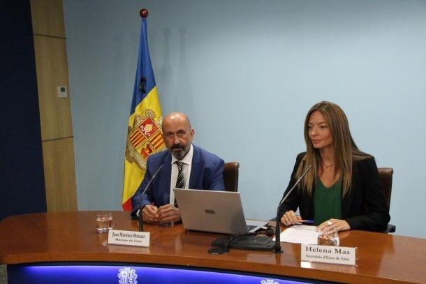 El ministre de Salut, Joan Martínez Benazet, i la secretària d'Estat, Helena Mas.