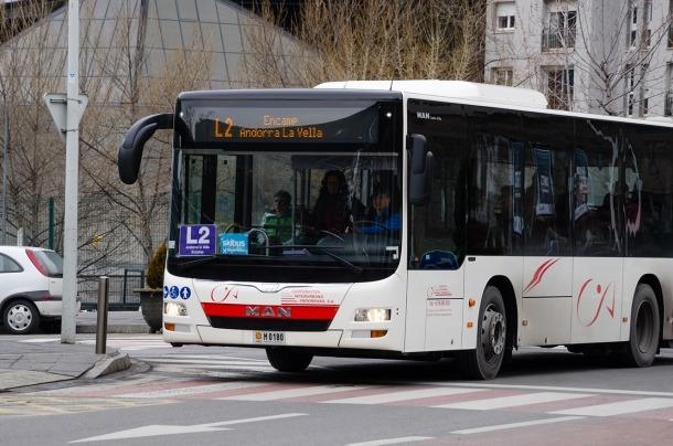 La primera fase de l'aplicació està orientada específicament als usuaris del transport públic.