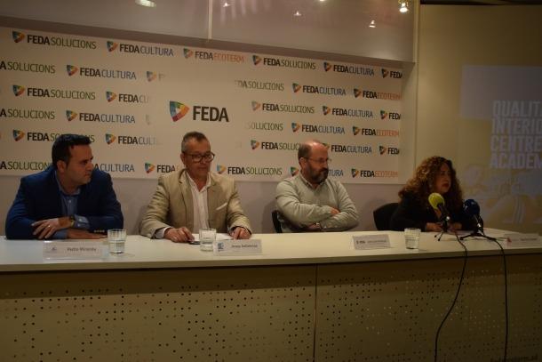 Pedro Miranda, director de TeamStone; Josep Sobrevias, president d'AAQAI; Joan Lluís Armengol, cap de Seguretat, Qualitat i Medi Ambient de FEDA, i la doctora Gloria Cruceta, presidenta de l'Associació Catalana d'Empreses Especialistes en Síndrome de l'Edifici Malalt.