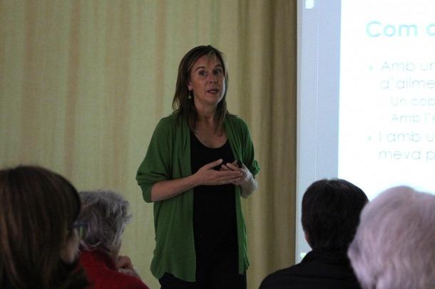 La dietista Marta Pons, en una conferència anterior.