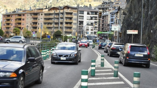 Vehicles circulant per Andorra.