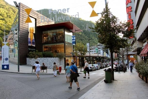 El Fener Bulevard.