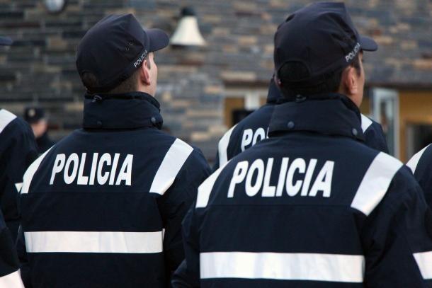 Agents de policia.