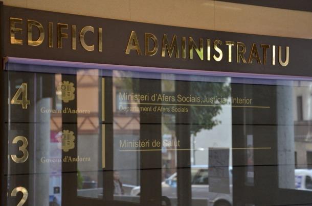 L'entrada a la seu del ministeri d'Afers Socials.