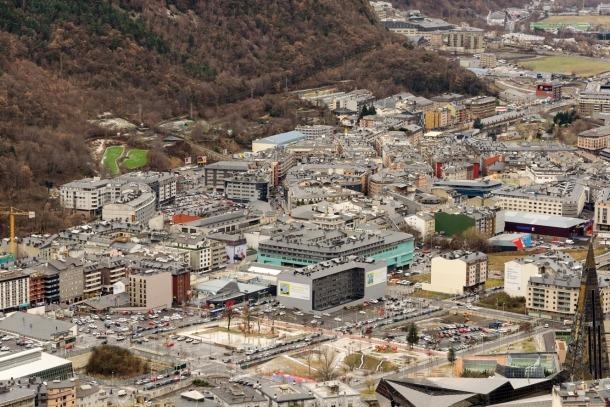 La població resident a Andorra ascendia a 31 de març a 77.796 persones.