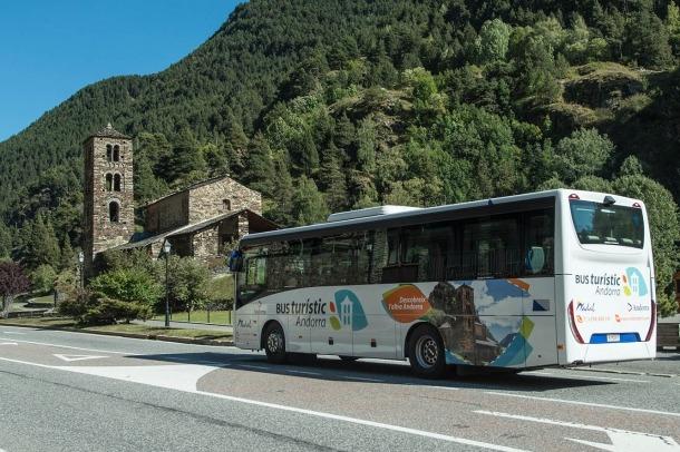 Una imatge del bus turístic.