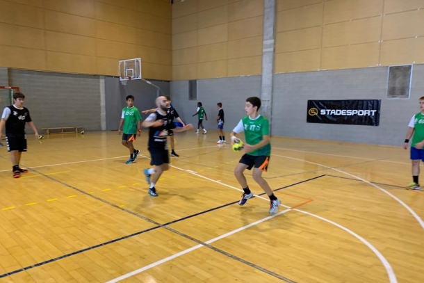 Clubs esportius durant unes estades a Ordino.
