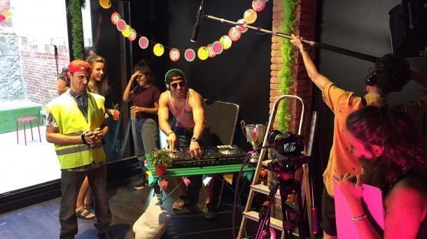 Un moment del rodatge websèrie, al 2017.