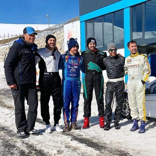 Fernando Alonso prova el pilotatge sobre gel al Circuit d'Andorra-Pas de la Casa