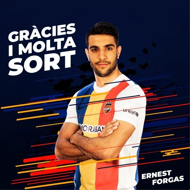 El club ha desitjat al davanter català sort en la seva nova etapa.