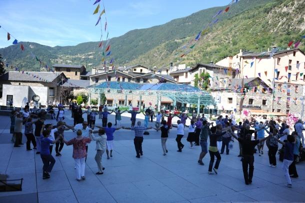 Andorra, Encamp, aplec de la sardana del Pirineu, colla sardanista la Grandalla, la sardana d'Encamp, Josep Cassú, Jaume Cristau