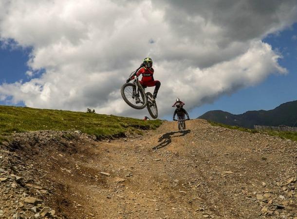 'Bikers' als circuits de Pal Arinsal.
