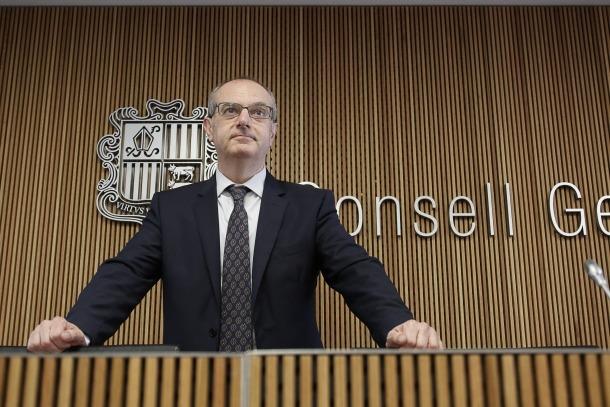 El ministre de Salut, Carles Álvarez, en una compareixença al Consell General.