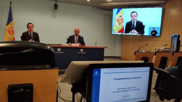El cap de Govern, Xavier Espot, i el ministre de Salut, Joan Martínez Benazet, en la compareixença d'aquesta tarda.
